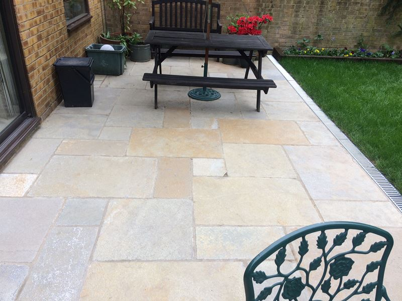 Resin bound driveway and patio in Blackheath 1